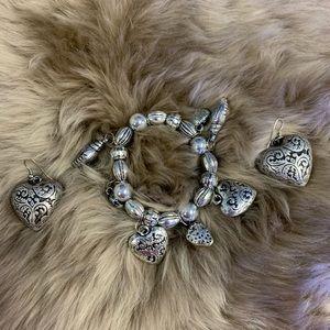 Jewelry - Lightweight bracelet and earrings set